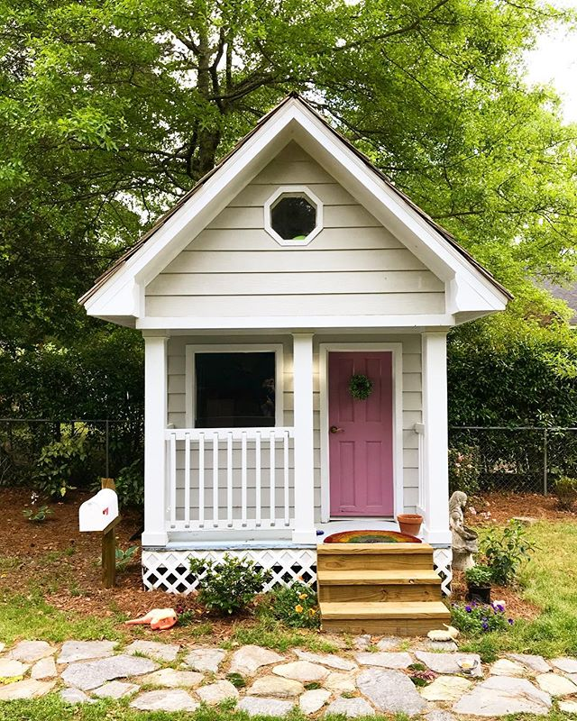 My daughter's playhouse is pretty much a storybook cottage. It's also nicer than my first apartment. #dadlife