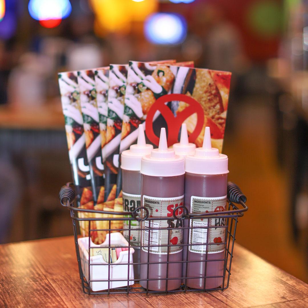 Yabos-Branding-Restaurant-Design-13.jpg