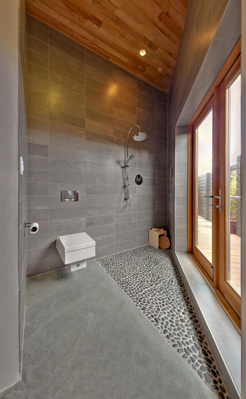 shower_800h.jpg