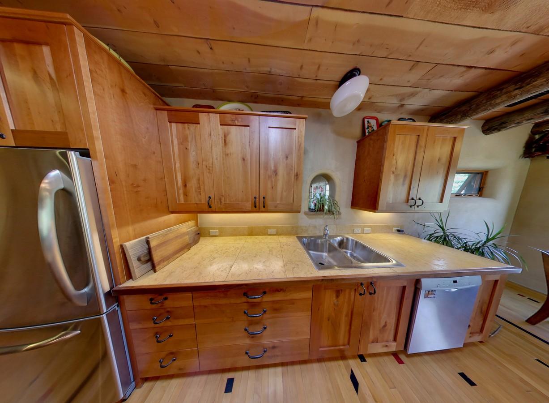 kitchen2_1500_900_2000k.jpg