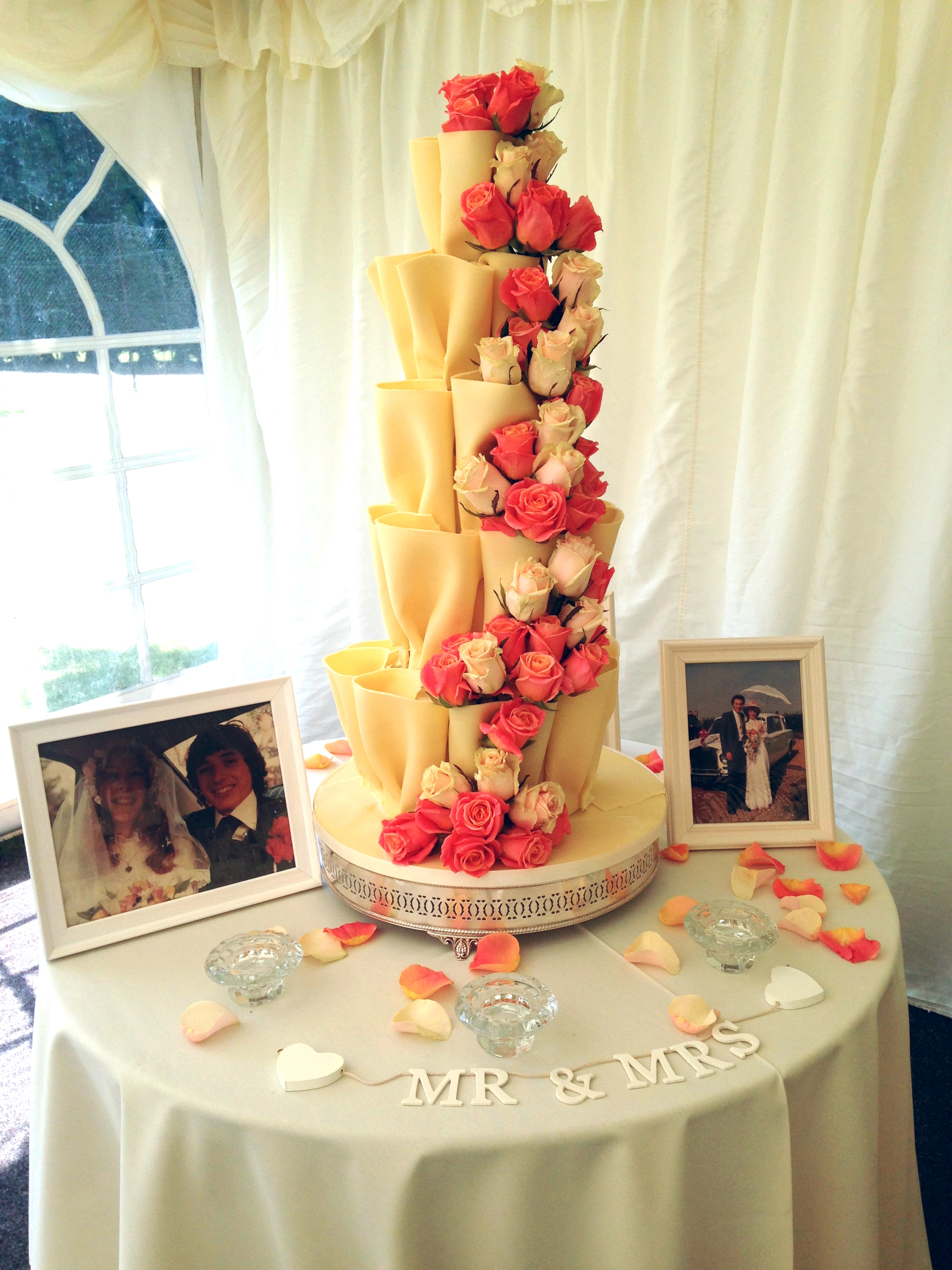 The AMAZING white chocolate wedding cake! Weddings, Fryerning Essex