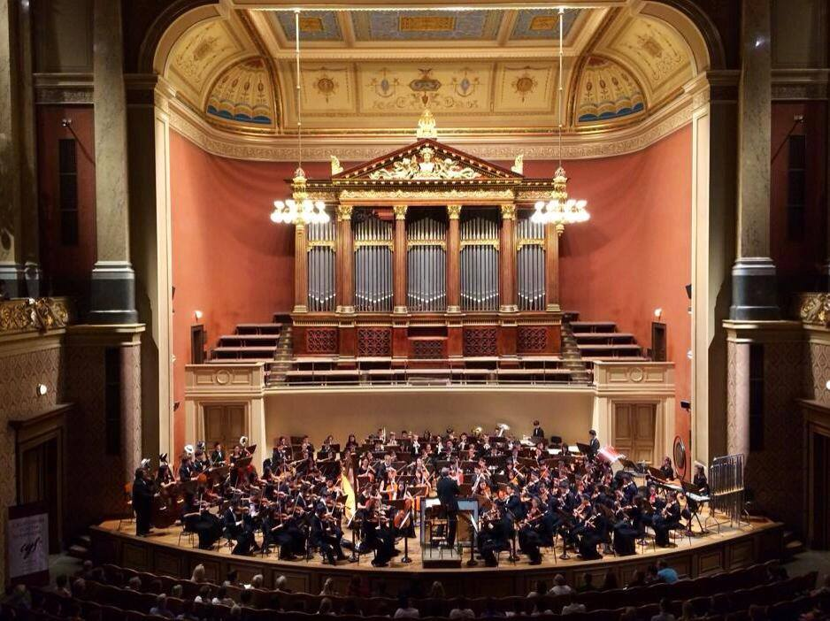 California Youth Symphony performs in Prague, 2014. Photo courtesy ofCYS FaceBook timeline.