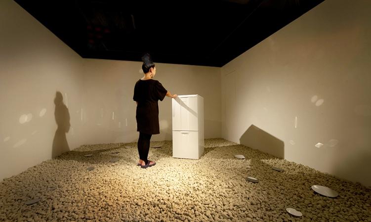"1.Solo Exhibit ""HINYARI"""