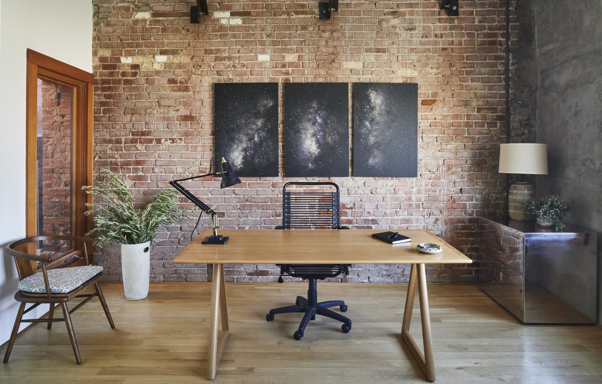 venice-boardwalk-RIVC-venture-capital-office-interiors-by-stefani-stein.jpeg