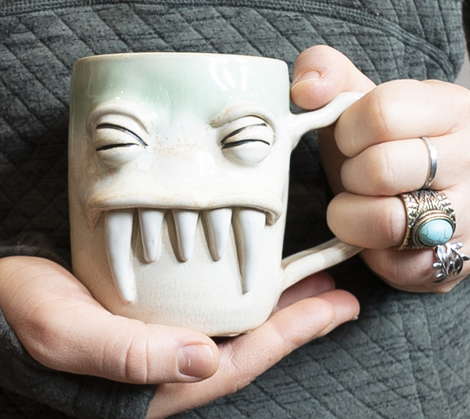 _DSC4844GreenMonster Mug V.5.jpg
