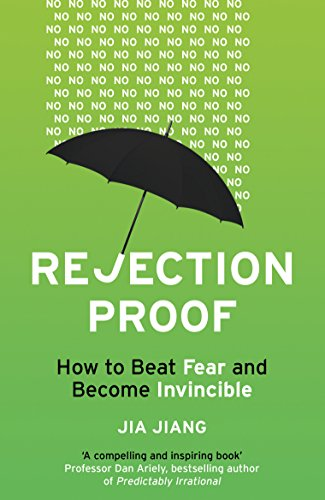 Rejection Proof - SYNOPSISRejection? It's nothing to be afraid of …Maybe you avoid situations where you might be rejected. You don't apply for that dream job. You don't ask for that pay rise. You don't ask that person on a date. But it doesn't have to be that way – the only thing standing between you and your goals … is you.Jia Jiang had allowed his fear of rejection to rule his life. But he decided to take radical action: he quit his job and spent 100 days deliberately seeking out scenarios where he would likely be rejected, from ordering donuts interlinked and iced like the Olympic rings to asking to pilot a light aircraft. And something remarkable happened; Jia not only learned how to cope with rejection but also discovered that even the most outrageous request may be granted – if you ask in the right way.In this infectiously positive book Jia shares what he learned in his 100 Days of Rejection, explaining how to turn a 'no' into a 'yes', and revealing how you too can become Rejection Proof and achieve your dreams.