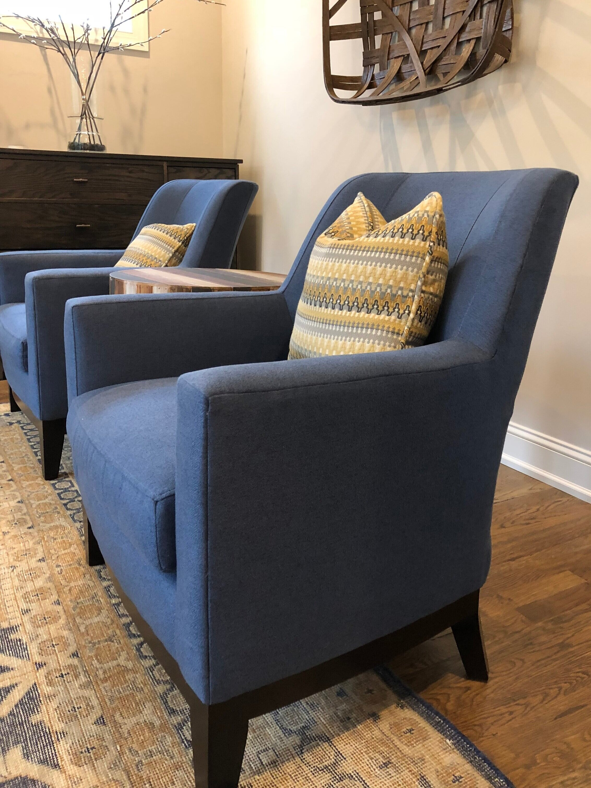 Sitting area in open concept plan. Photo via First Impressions.