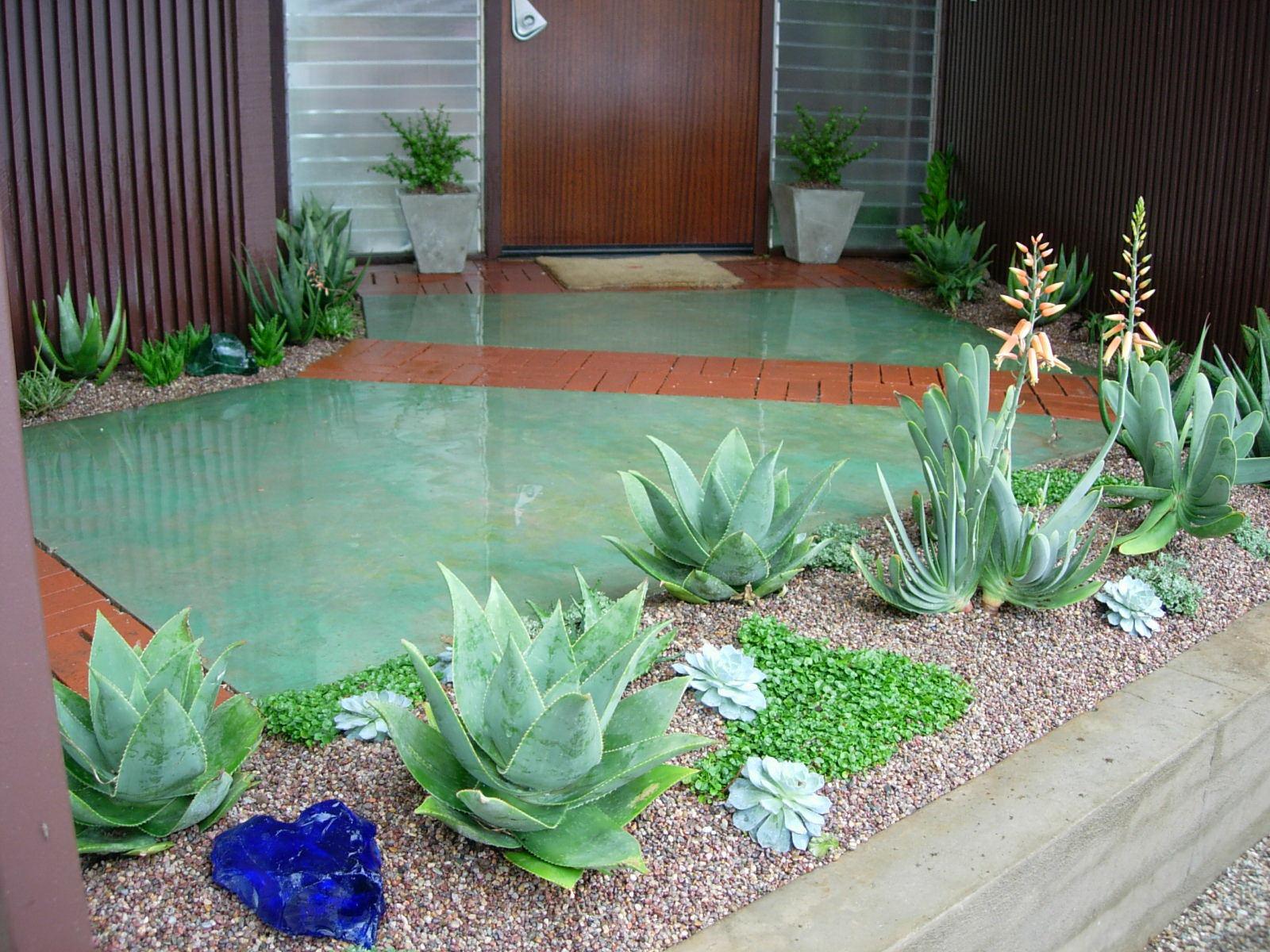 project-ojai-patio-orange-green-door.jpg