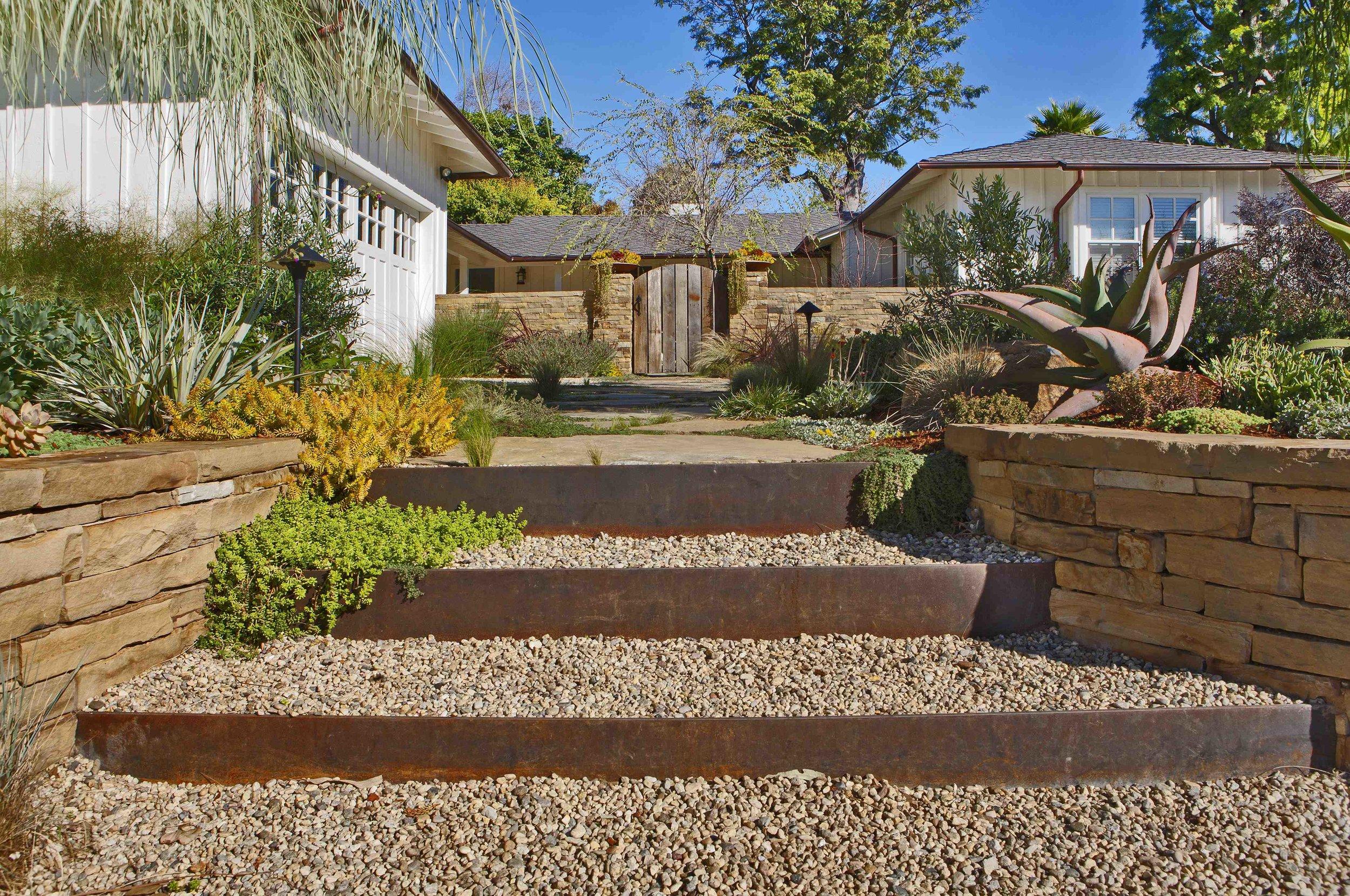 project-olsen-brentwood-steel-steps.jpg