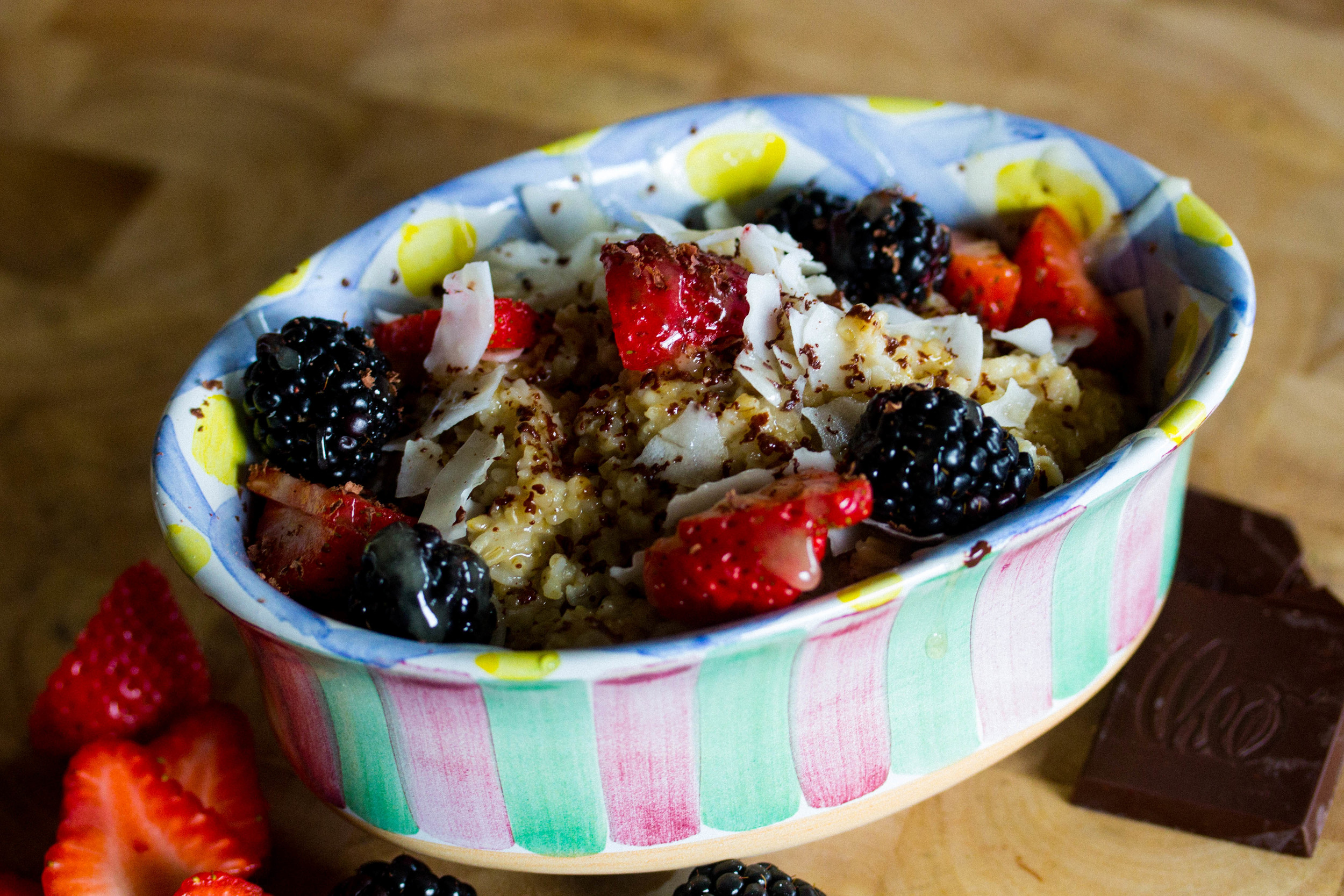 Transfer oats to serving bowl and top with favorite toppings