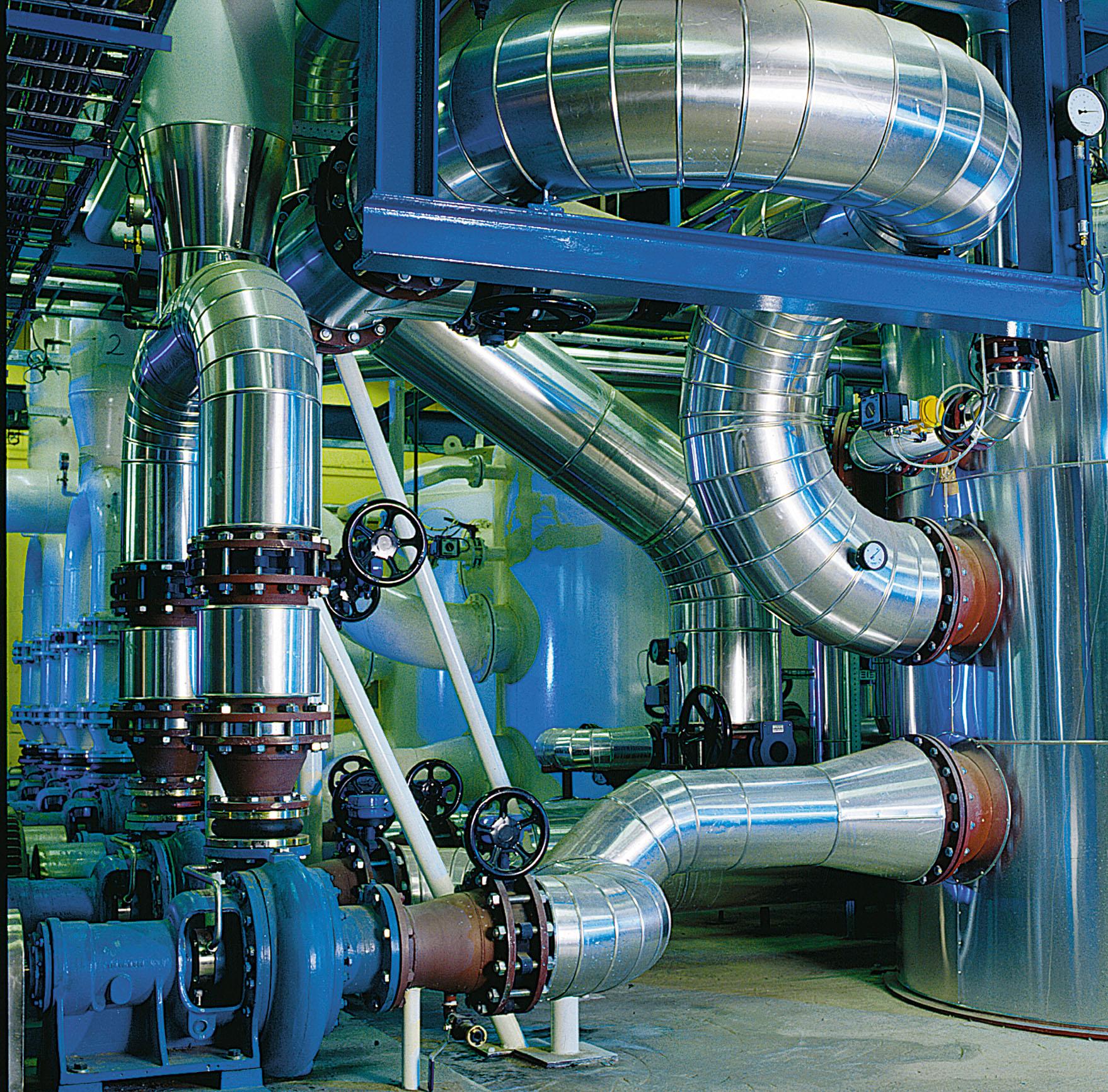 buizen fabriek.jpg