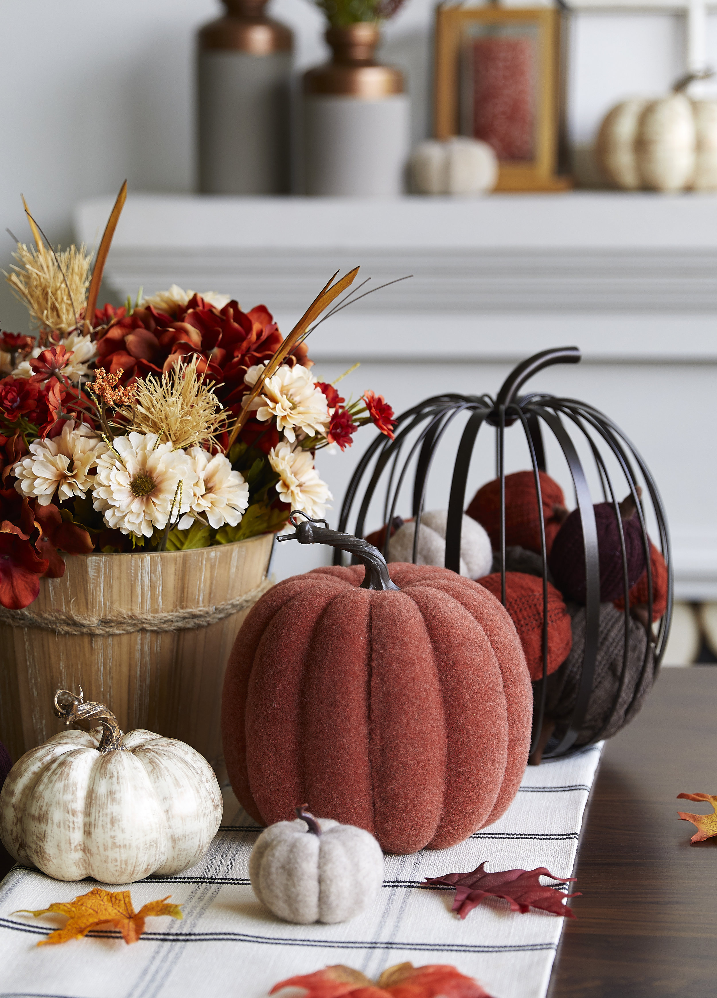 159667740A_229-14233_Tablescape_01_crop.jpg