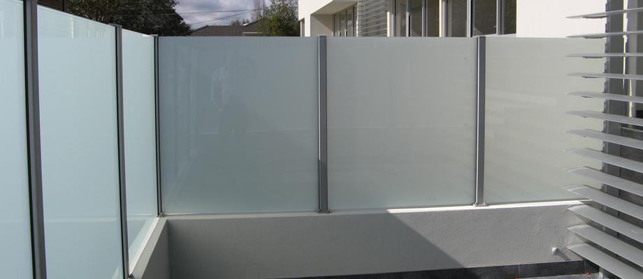 glass-screen-contractor.jpg
