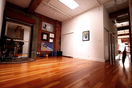 The clinic at MVMTLAB is located in a beautiful heritage building in Gastown. Patients love coming in for their appointments!
