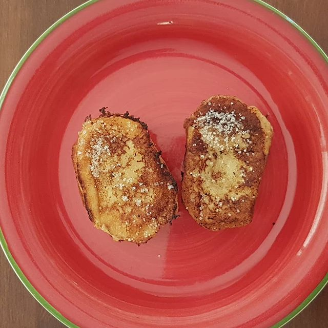 Today's breakfast, Torrijas... the Spanish version of french toast. Always made with stale baguette, soaked overnight in egg and milk, sprinkled with sugar and cinnamon #wastenotwantnot