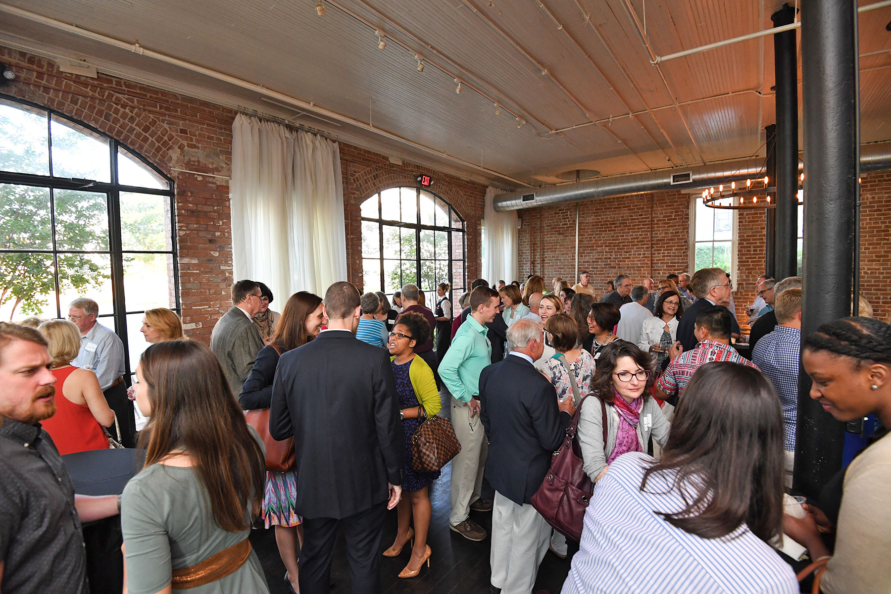 Crowd at the 2016 Member Reception /  photo by Daniel Ortiz