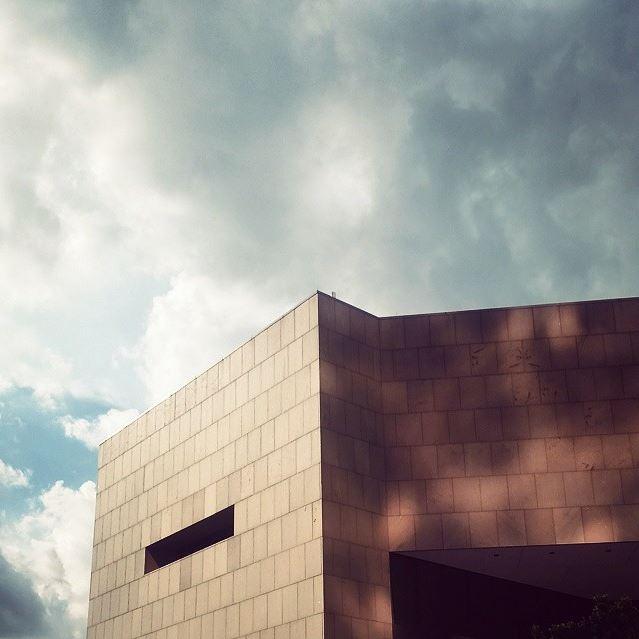 Jesse H. Jones Building, Houston Public Library