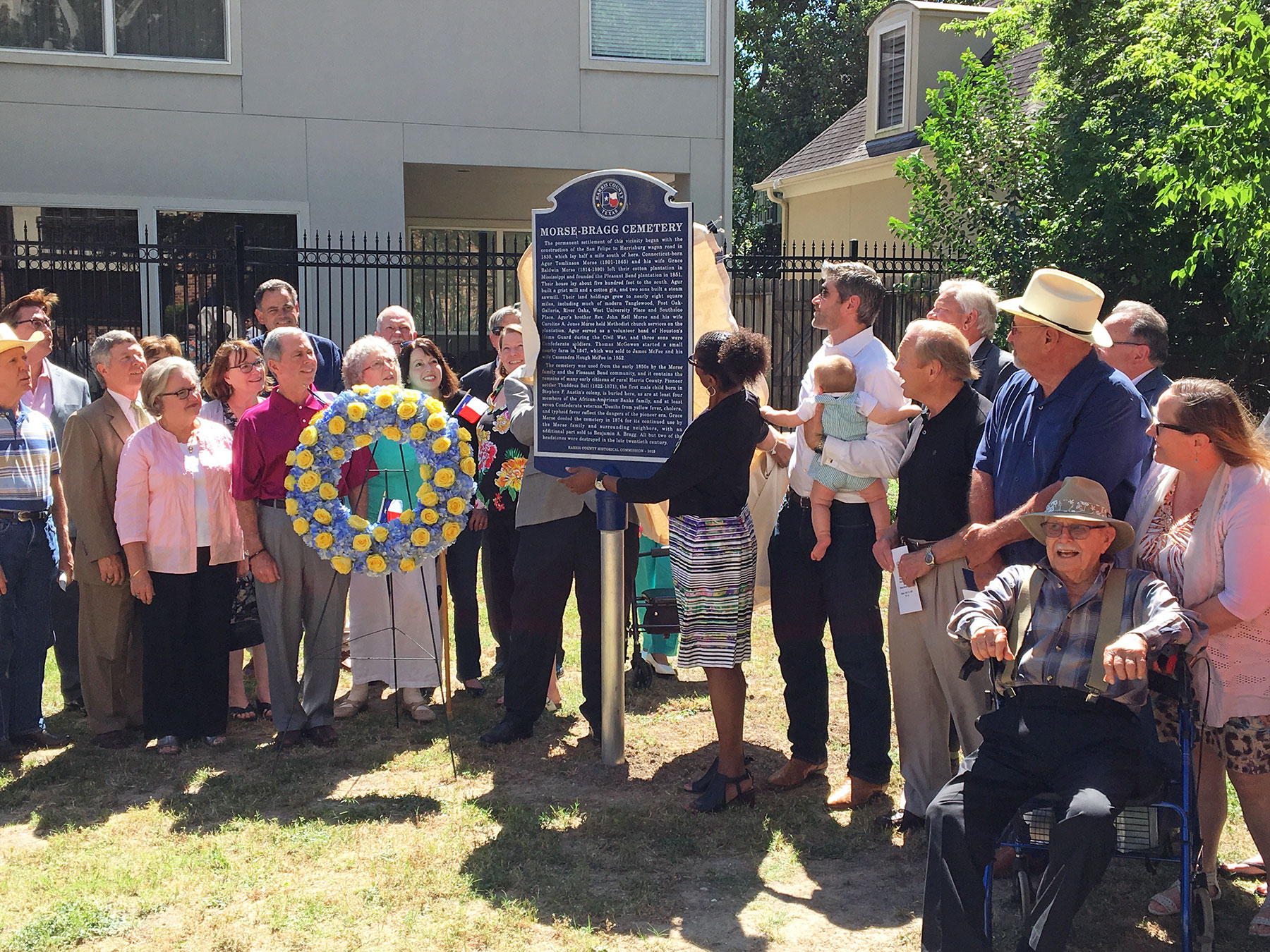 Harris County officials and descendants of the Morse and Bragg families dedicate a Harris County historical marker at the Morse-Bragg Cemetery on May 12 / photo by David Bush