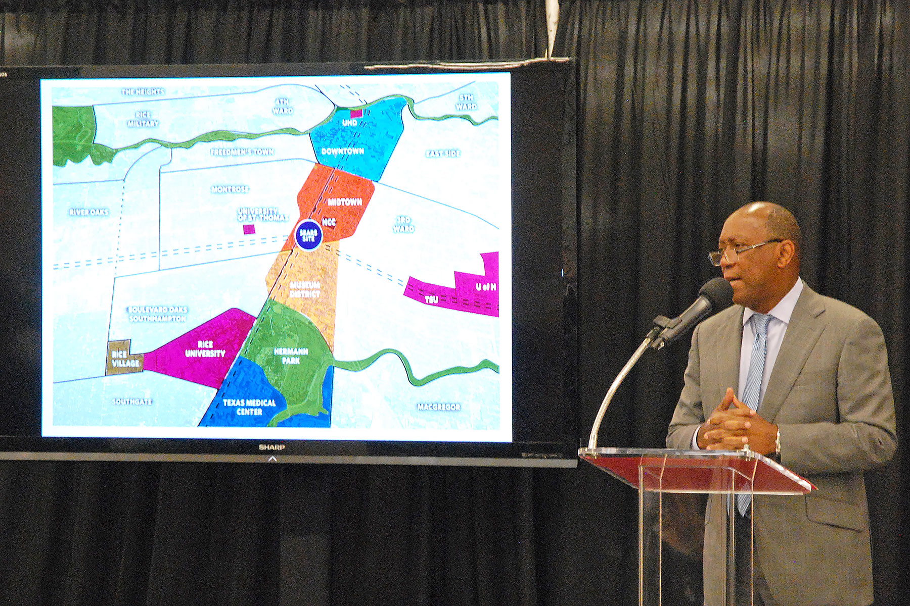 Mayor Sylvester Turner announces the proposed Main Street innovation district on April 12 /  photo by David Bush