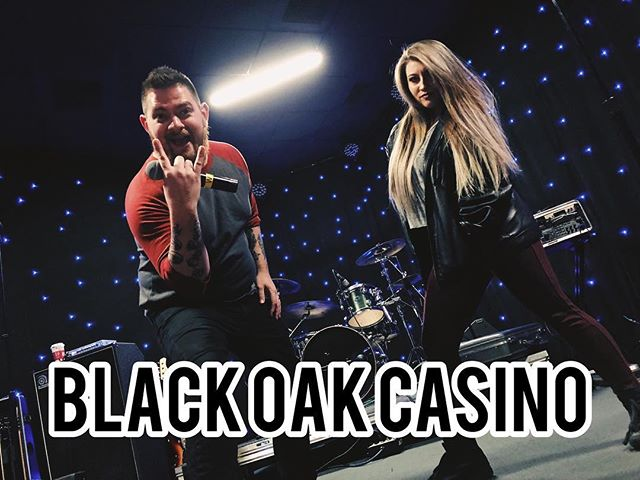 Tonight we bring the party to @blackoakcasinoresort for a night of fun! Join us! #thewizkidband #teinorth #coverband #party #awesome #rocknroll #instagood
