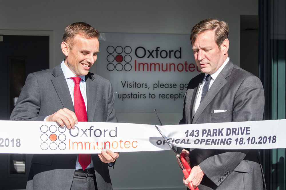 The ceremony started with the ribbon cutting followed by an afternoon high tea reception.  Left: Peter Wrighton-Smith, CEO/Founder, Oxford Immunotec Global PLC. Right: Mr Ed Vaizey, Member of Parliament for Didcot and Wantage.