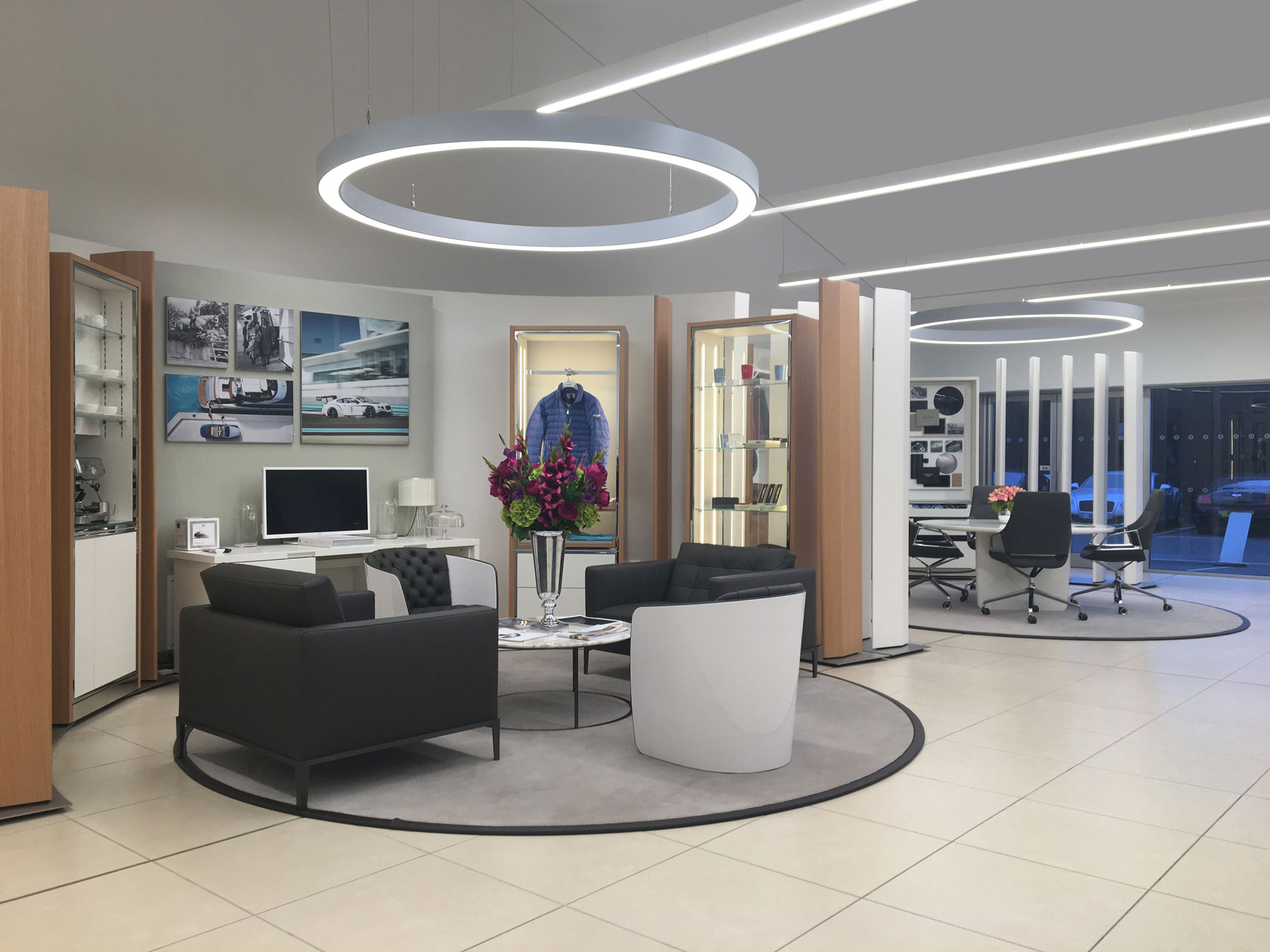14-Bently-Chelmsford-Customer-Lounge.jpg