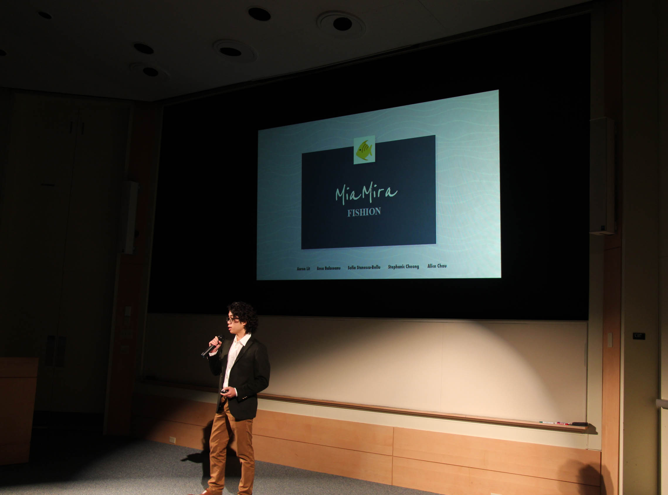 Compete in The Pitch - The Pitch event is an opportunity for members of the Dartmouth Community to pitch a project idea and ask for support through design, development, and/or funding. Winning DALI projects jump the application process and start the subsequent term.