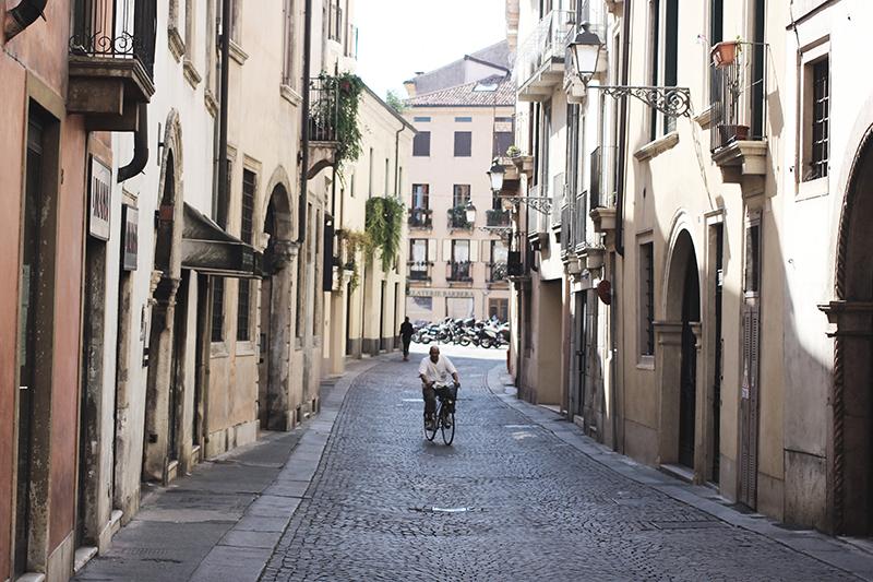 Italy_03LR.jpg