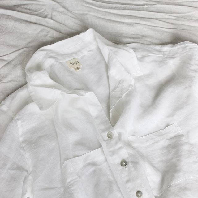 The beautiful organic cotton shirt from one of our favourite projects from last year  @torju_australia