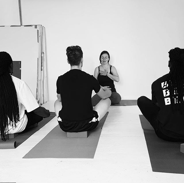 When the front row is all guys, I'm teaching the heart and lungs as a pathway of connectivity and the result is full on fulfilling my purpose and a sense of fullness for all. I know this is my work/service/offering and its all worth while.  #yogaforeveryone #yogaforall #yogasavedmylife #yogaleyton #lolyoga #yogaeverydamnday #yogaforbeginners #yogaformen