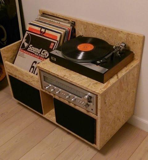 Workshop: Bouw een lp meubel - De lp verzameling is terug van weggeweest! Het blijft leuk om muziek te verzamelen en zo'n plaat die je na een half uurtje om moet draaien, heeft ook wel wat. Die bijzondere installatie verdient natuurlijk een mooie plek.