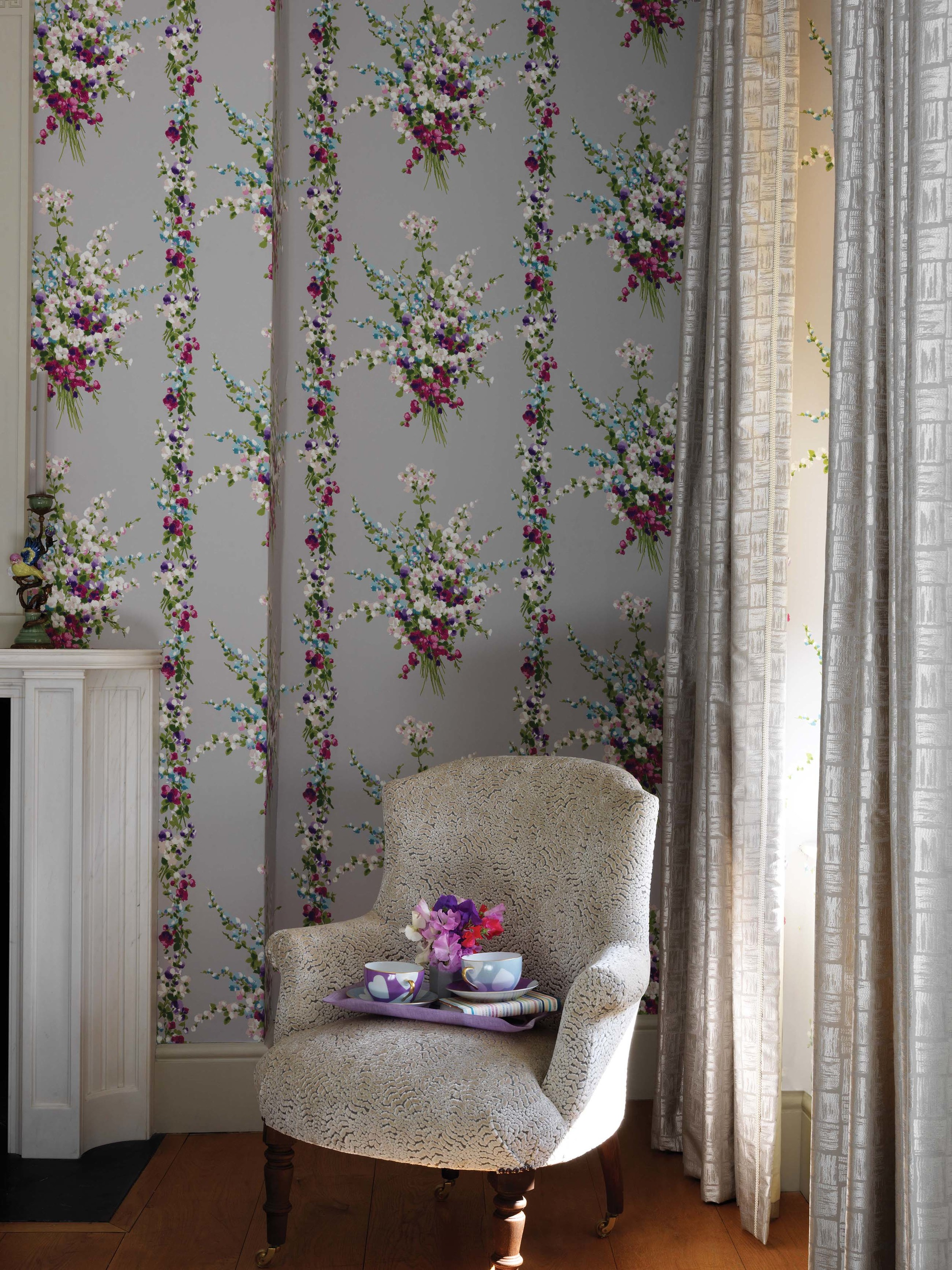 Nina Campbell Cathay Wallpapers