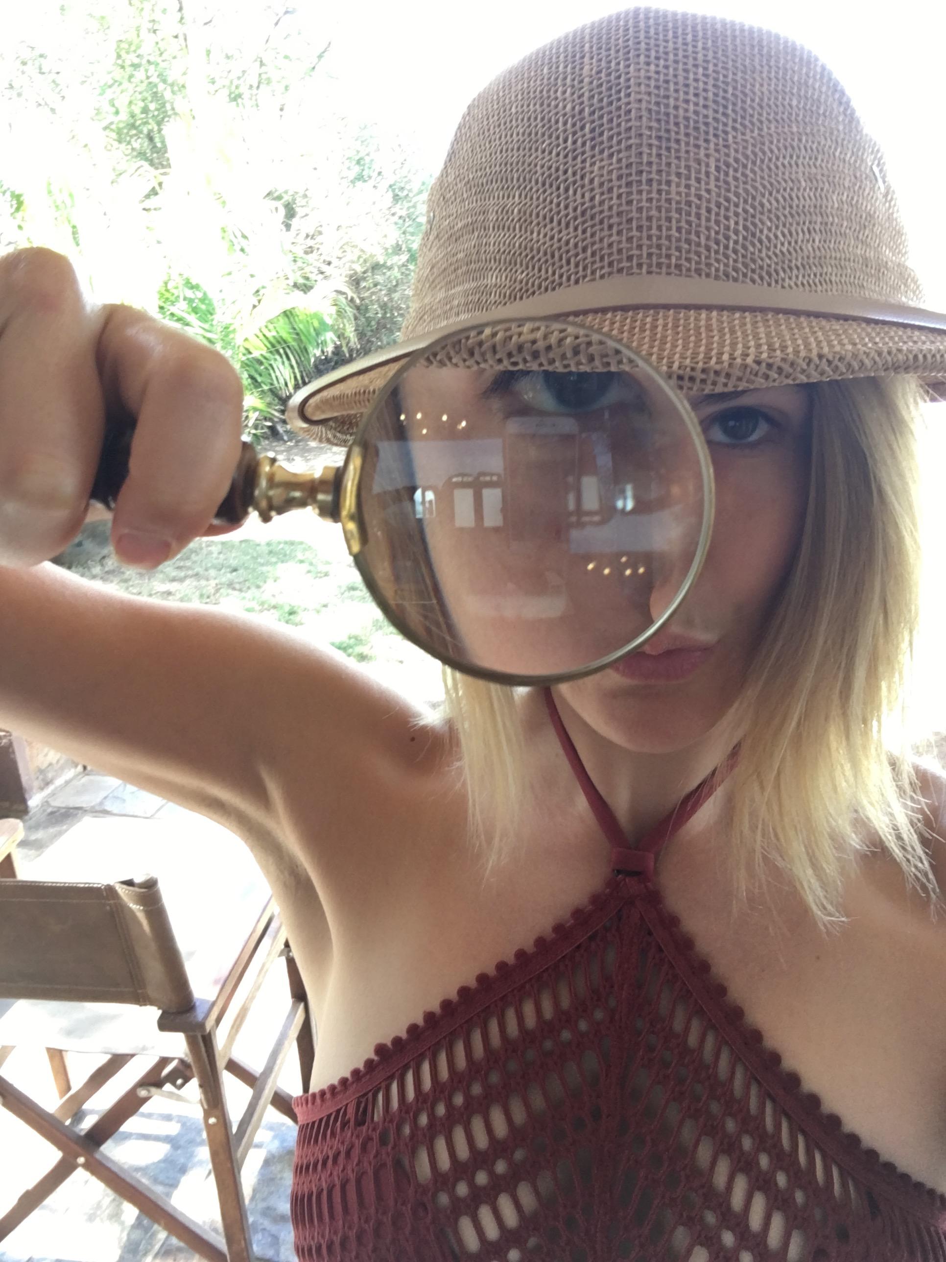 Lauren Badell - Content Editor / Writer