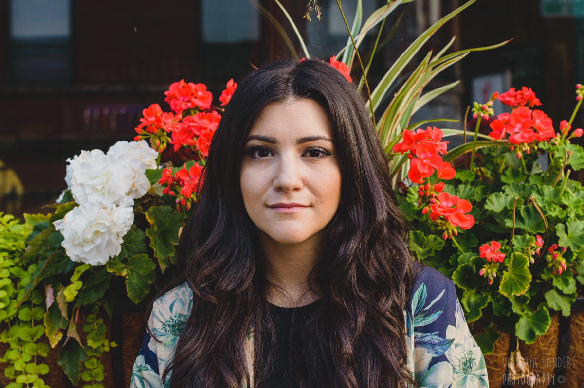 Alex Winston outside of Schubas in Chicago. June 2015.