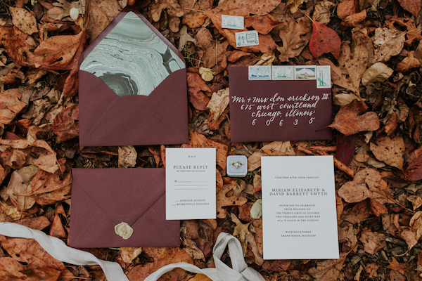 emily_hary_photography_earthy_luxe_fall_elopement_inspiration (2).jpg
