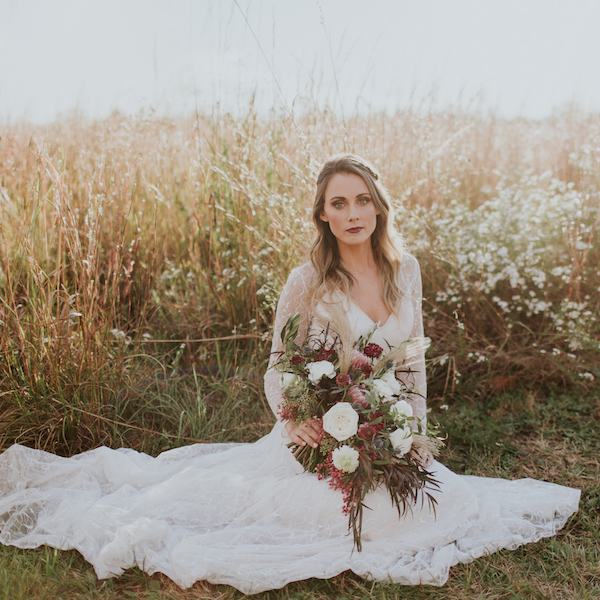 emily_hary_photography_earthy_luxe_fall_elopement_inspiration (113).jpg
