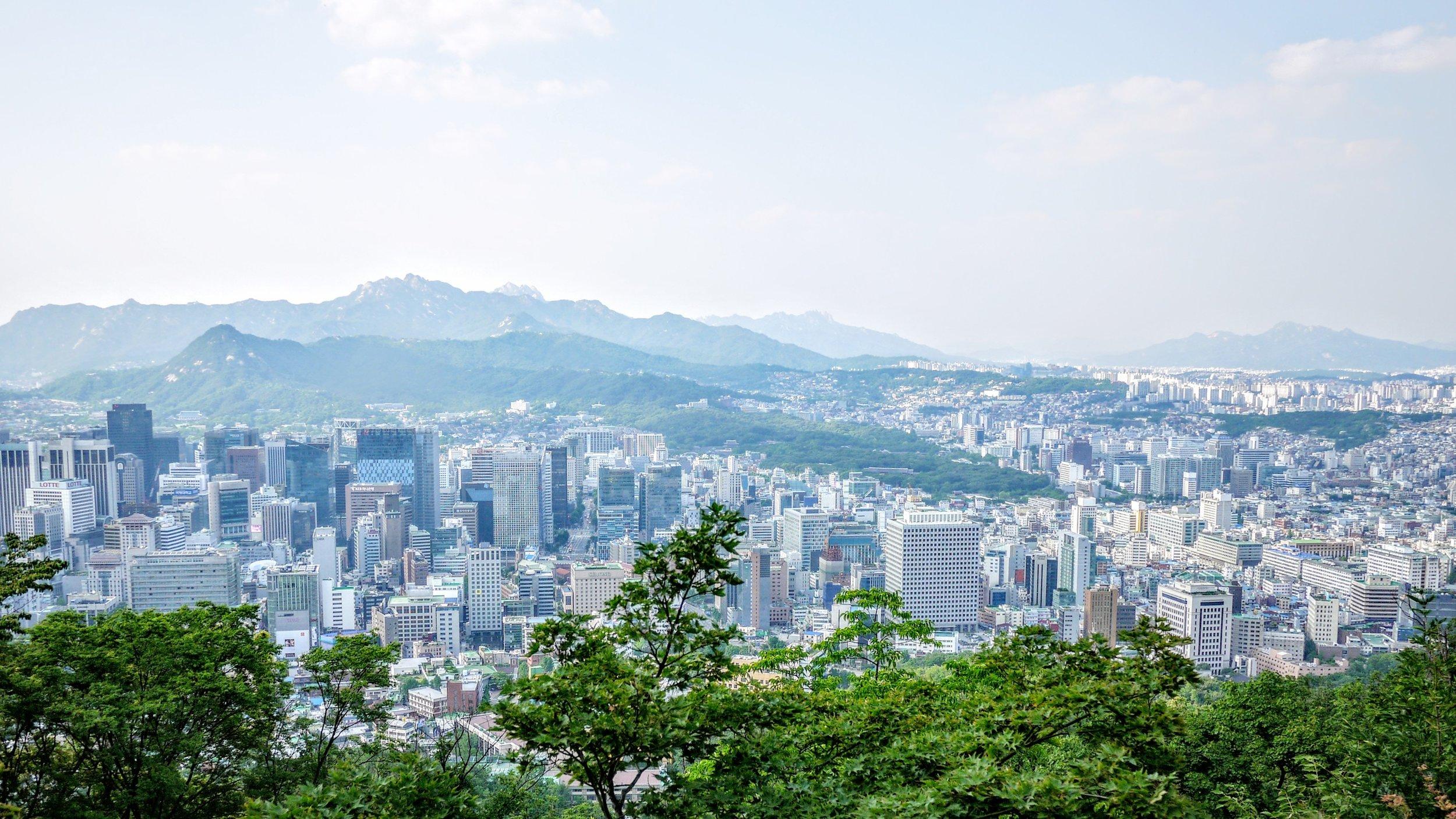 Seoul by Emile-Victor Portenart //Unsplash