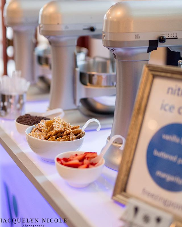 Vallourec is a French company and the planning team wanted to really wow them with some fun Texas spirit. Naturally it couldn't be a Texas ice cream party without a buttered pecan. We served a spiked margarita for those looking for a kick, and our classic vanilla bean. TAG someone you think might want to try that spiked margarita scoop! 🤠🍹☀️ ⠀ •⠀ •⠀ A fun side note - the margarita became REALLY popular as the night went on. So much so that a month later we were serving at another event and two guests that went to the Vallourec event remembered us and RAVED about that margarita scoop. ⠀ Venue: @crystalballhouston⠀ Planner: @eventologykelly ⠀ Photographer: @jacquelinenicolephoto  Company: #vallourec ⠀ Event: @otcevents ⠀ Vinyl: @lacedvinylshoppe ⠀ Furniture: @ultimatebars ⠀⠀ #otcevents #otc50 #nitrogenicecream #spikedicecream #icecreamcatering #houstoncatering
