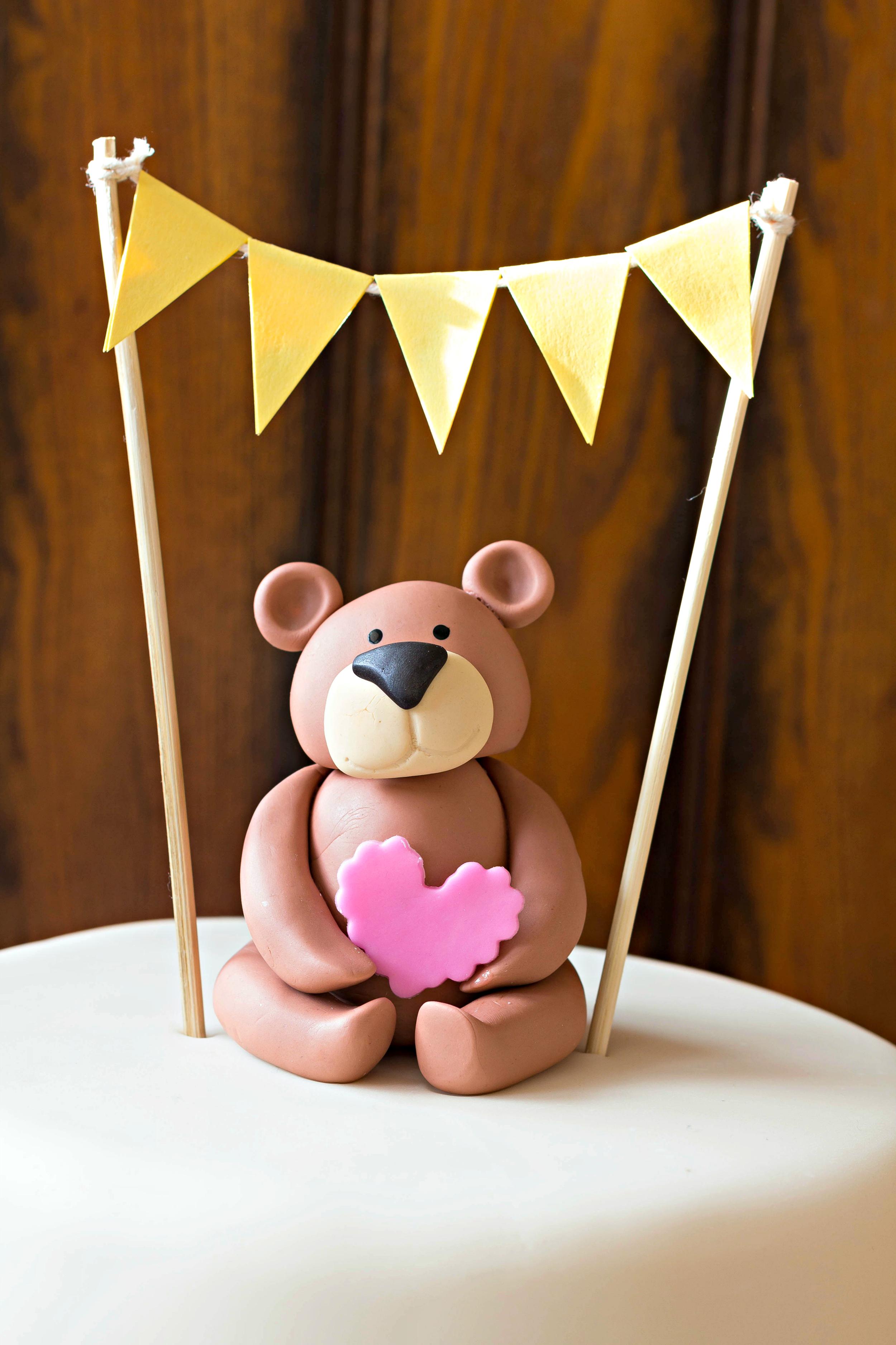 Bear Cake Topper.jpg