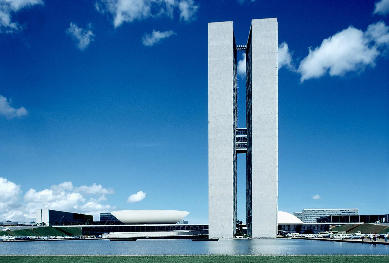 BRASILIA-BRASIL.jpg
