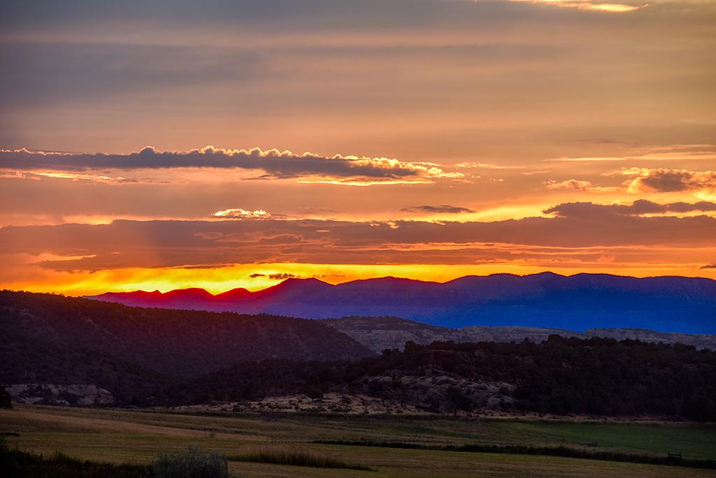 sunsetMoment-Mesa6757-copy-2.jpg