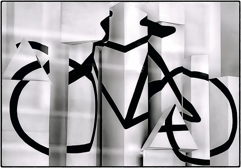 bicycle black BW copy2.jpg