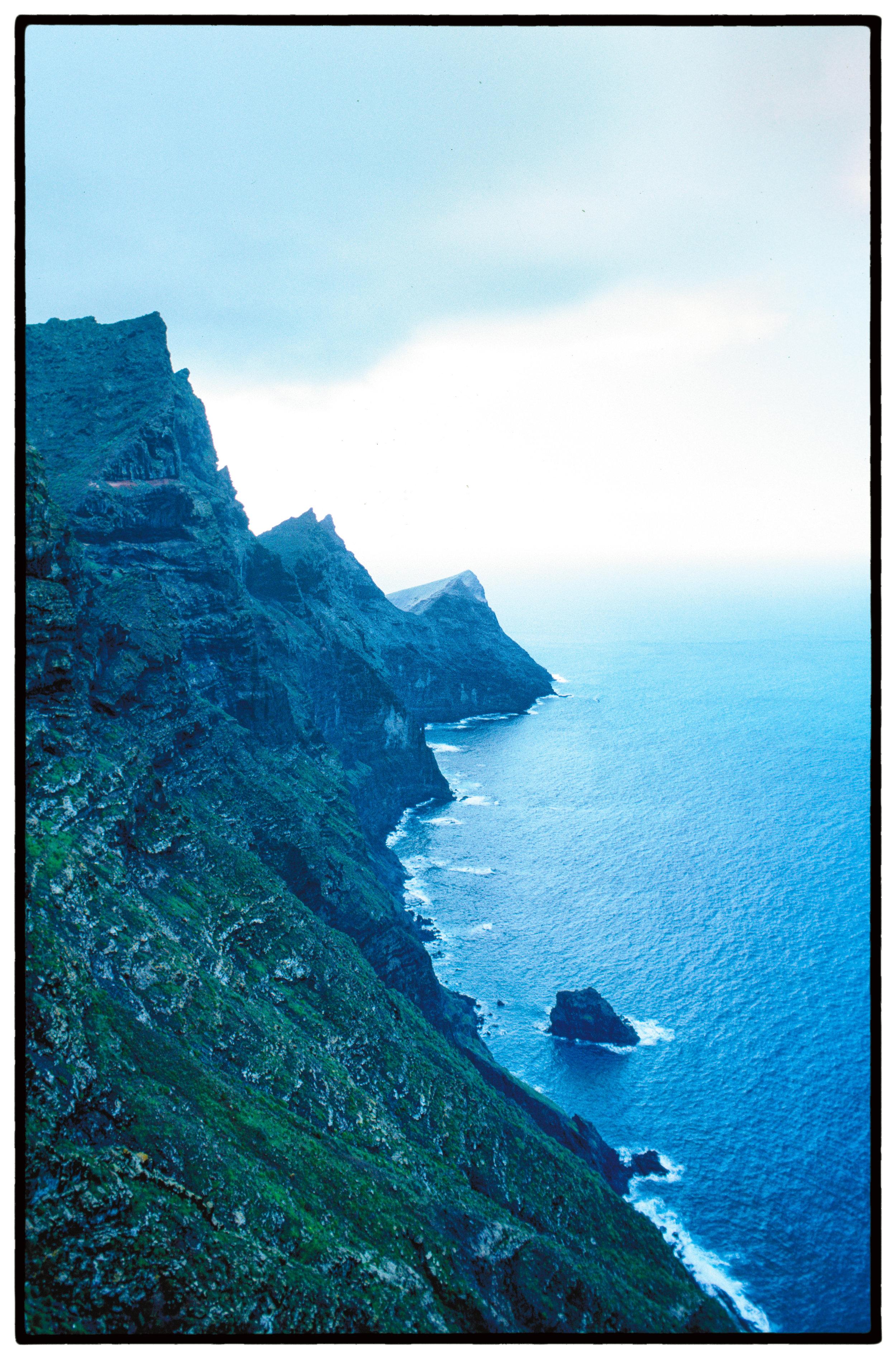 canary-island-cliff-VB.jpg