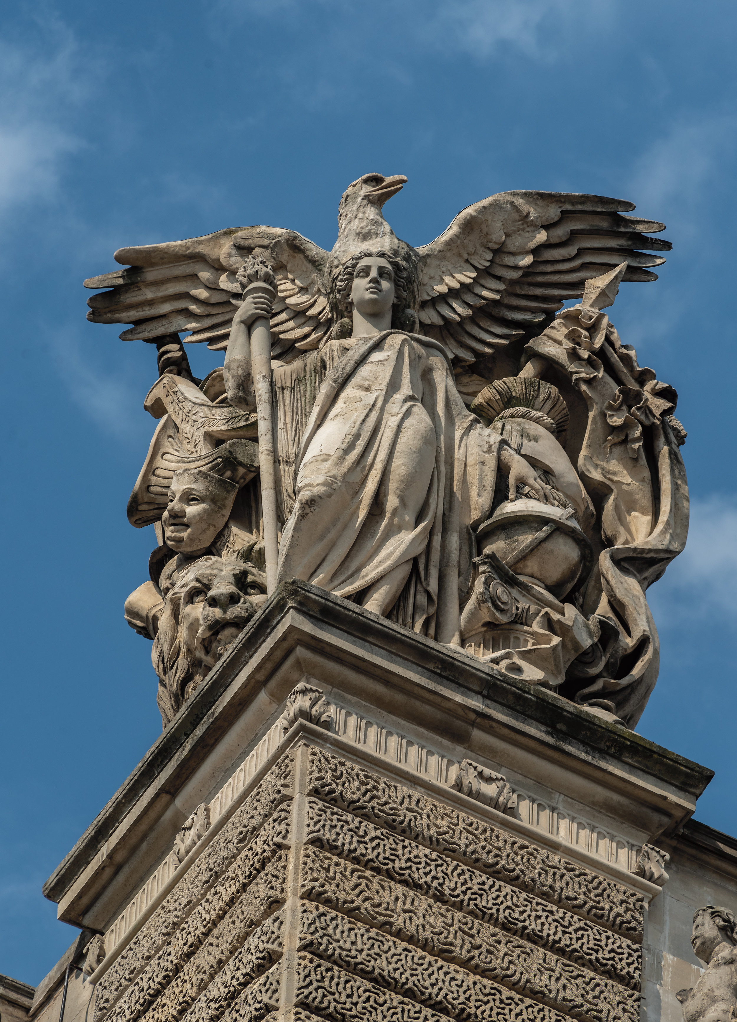 STATUE-WITH-BIG-WINGS.jpg