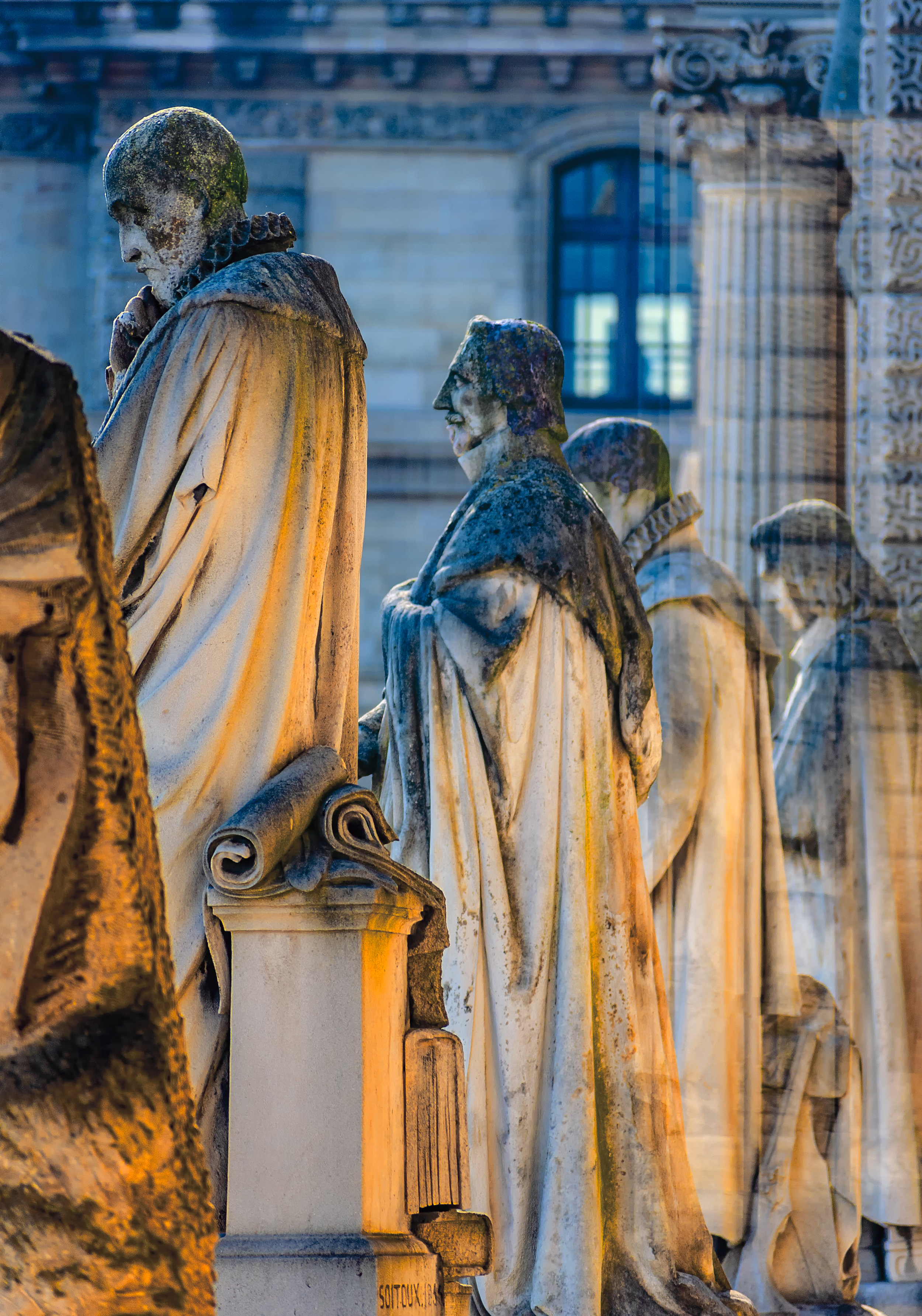 statures-grouping-louvre.jpg