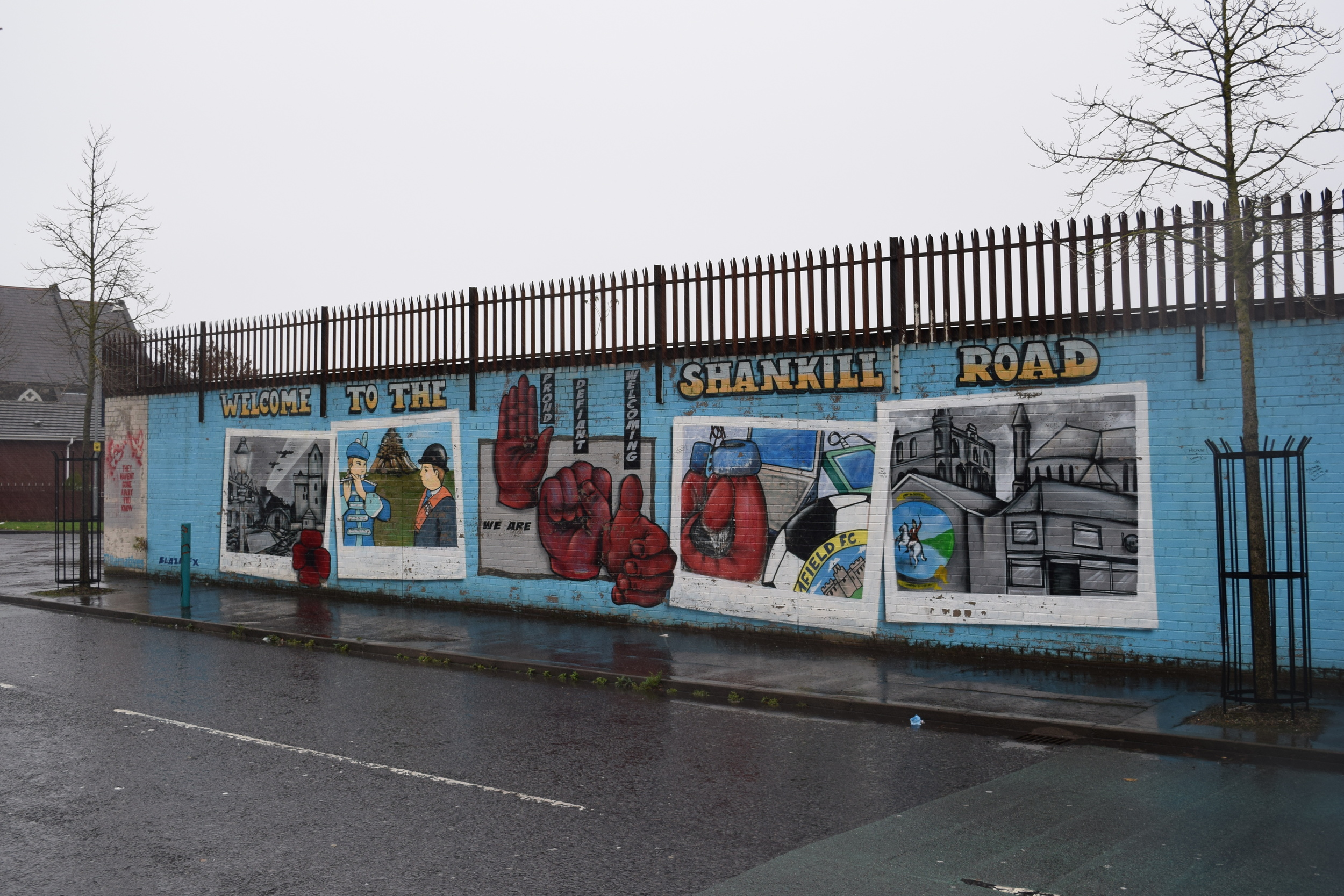 The mural greeting visitors upon walking through the gate between the Falls and the Shankill