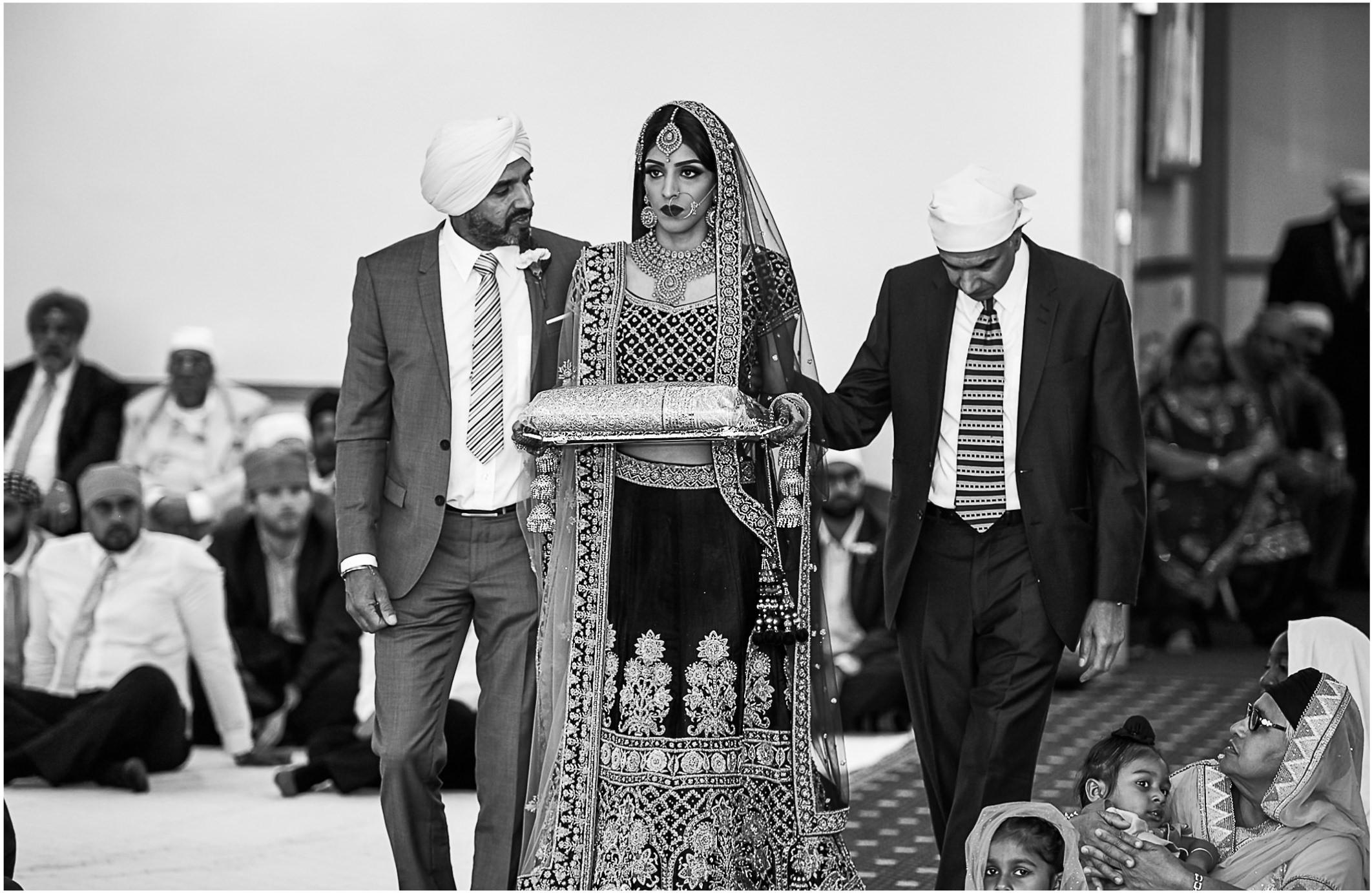 Bride entering Gurdwara