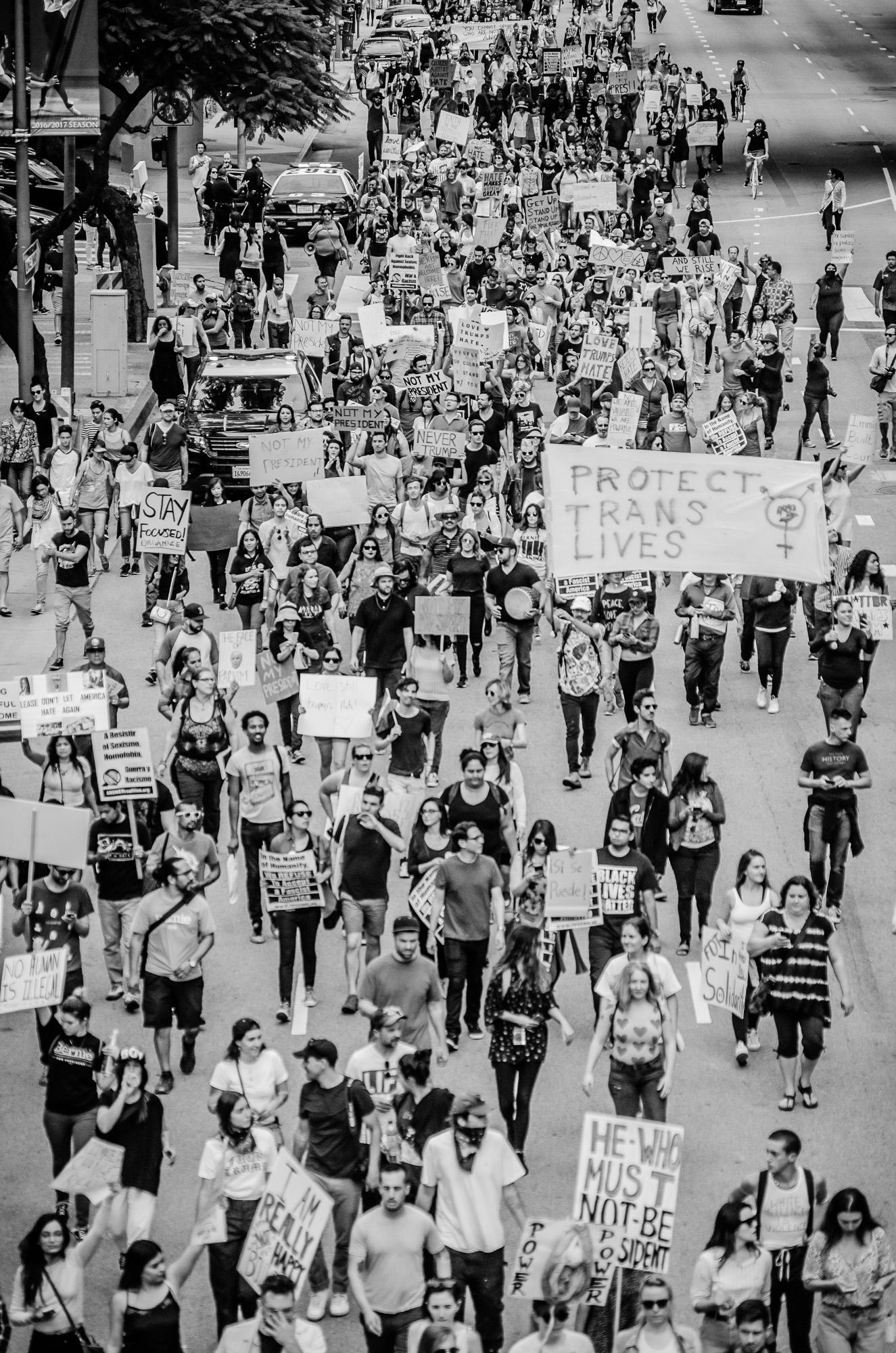 Protesting_11.jpg