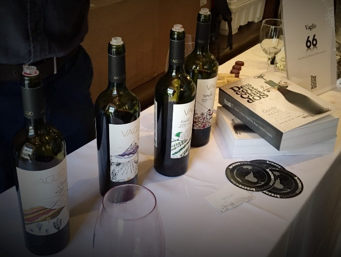 Vaglio Winery presentation at  Descorchados  launch at Astor Center in New York City, June 14, 2016. The  Descorchados  Guide Book 2016 Edition by Patricio Tapia was the first to be published in English.