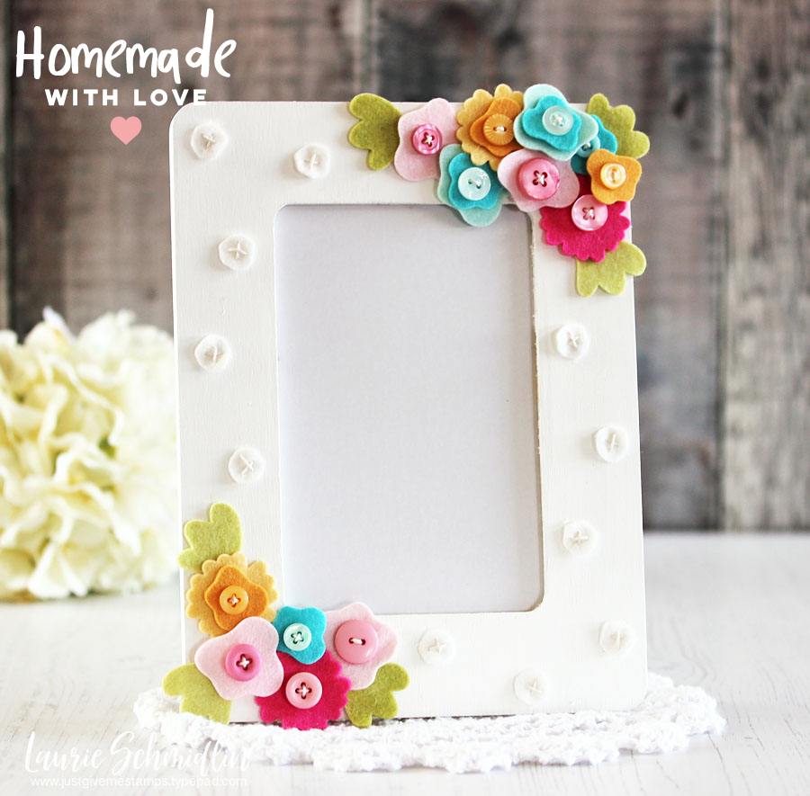DIY Stitched Felt Flowers Frame by Laurie S. // Homemade with Love Day #5 - rightathomeshop.com/blog